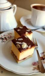 Sernik klasyczny z czekoladową polewą